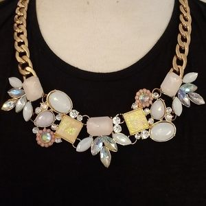 Jewelry - Irridecandt Statement Necklace Gold Tone